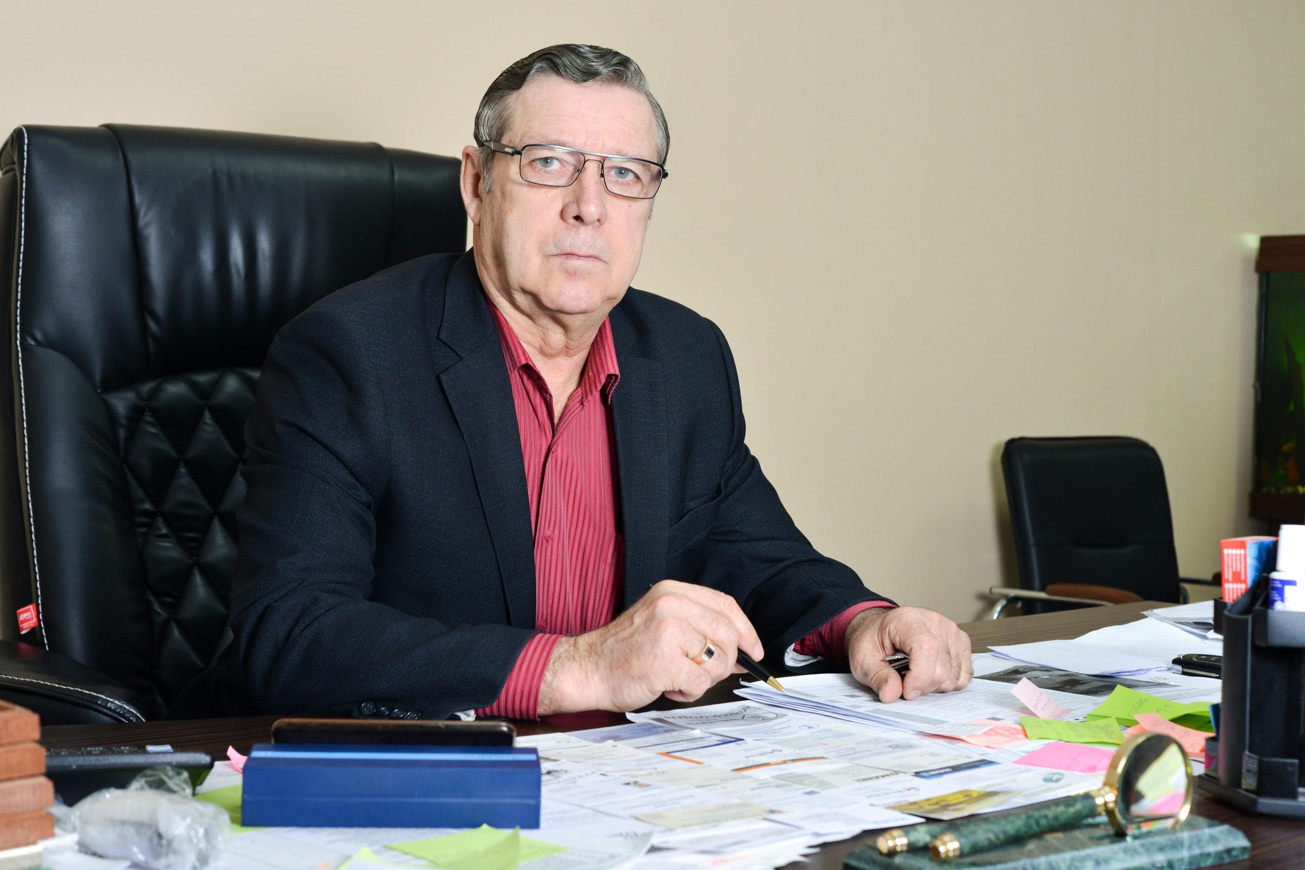 Первойкин Виктор Георгиевич ( )