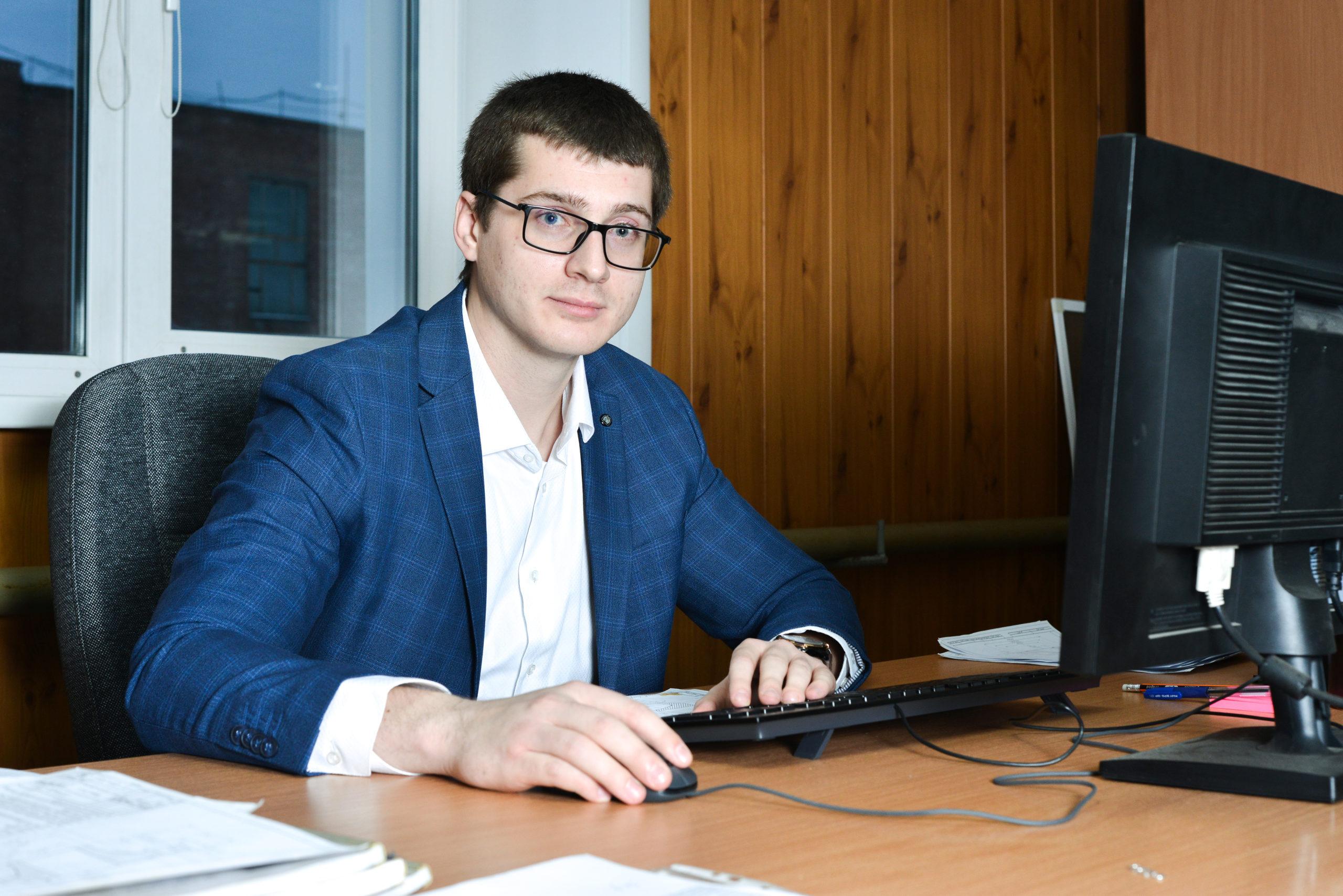 Карасев Данил Юрьевич (Инженер-технолог)