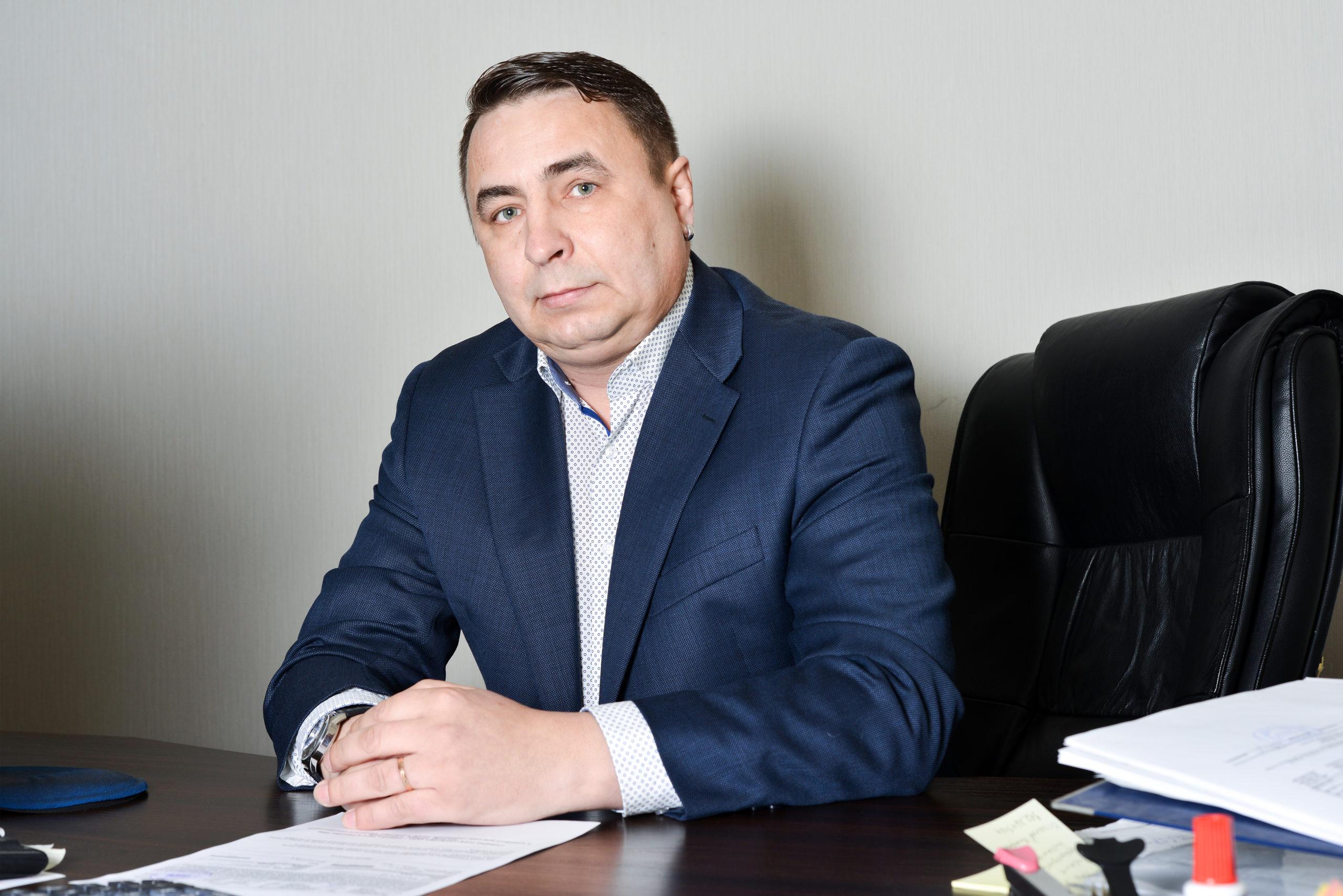 Швам Сергей Анатольевич (Ведущий специалист)